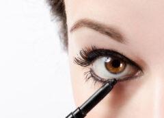 Как обводить глаза